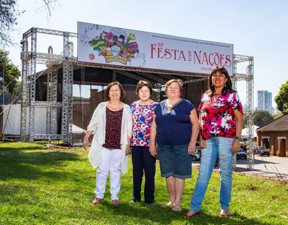 Isabel, Roberta, Lídia e Ana são voluntárias da Festa das Nações