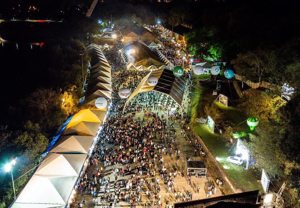 Vista aérea da Festa das Nações, no Engenho Central, Piracicaba - FotoPerigo