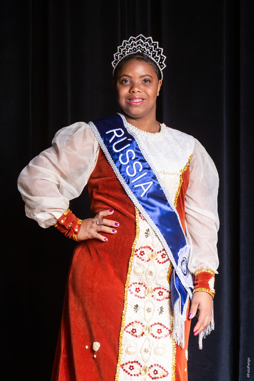 Rainha: Ingrid Fernanda Lourenço de Oliveira