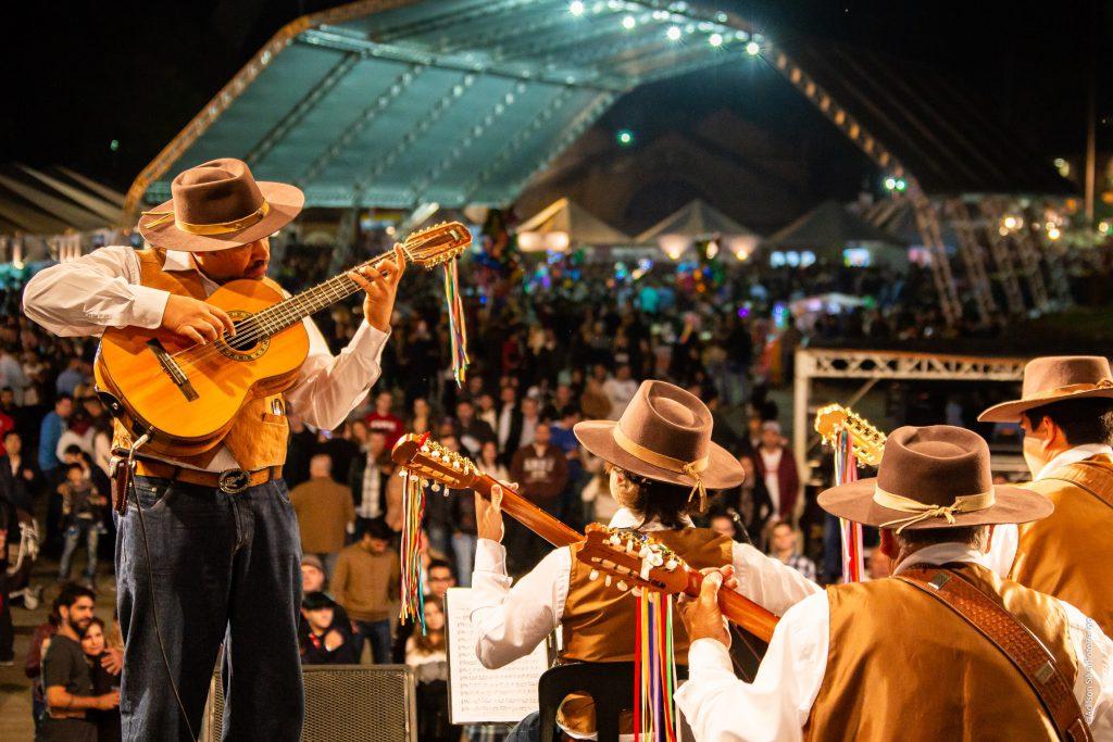 Orquestra Paulistana de Viola Caipira se apresentará no sábado, 18, e no domingo, 19